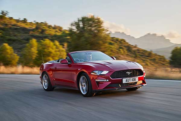 FORD 2017 MUSTANG 02