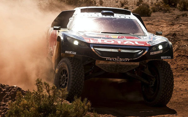 Carlos Sainz assume comando do Rali Dakar